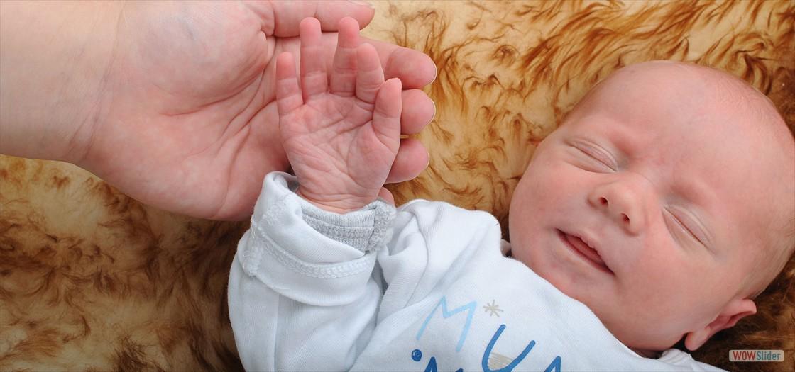 Baby_1920x900x72dpi